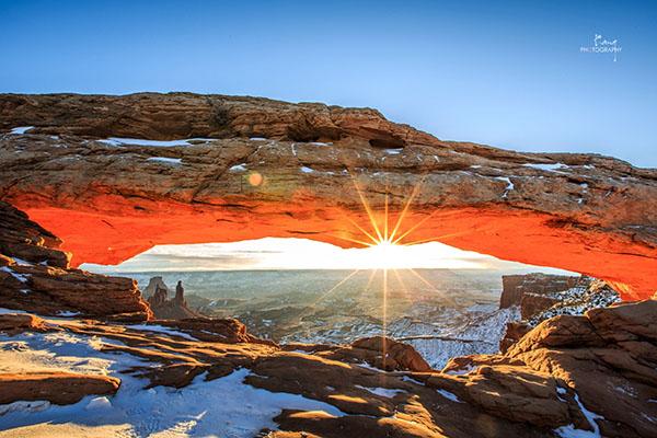 Mesa Arch Canyon Zhuokang Jia
