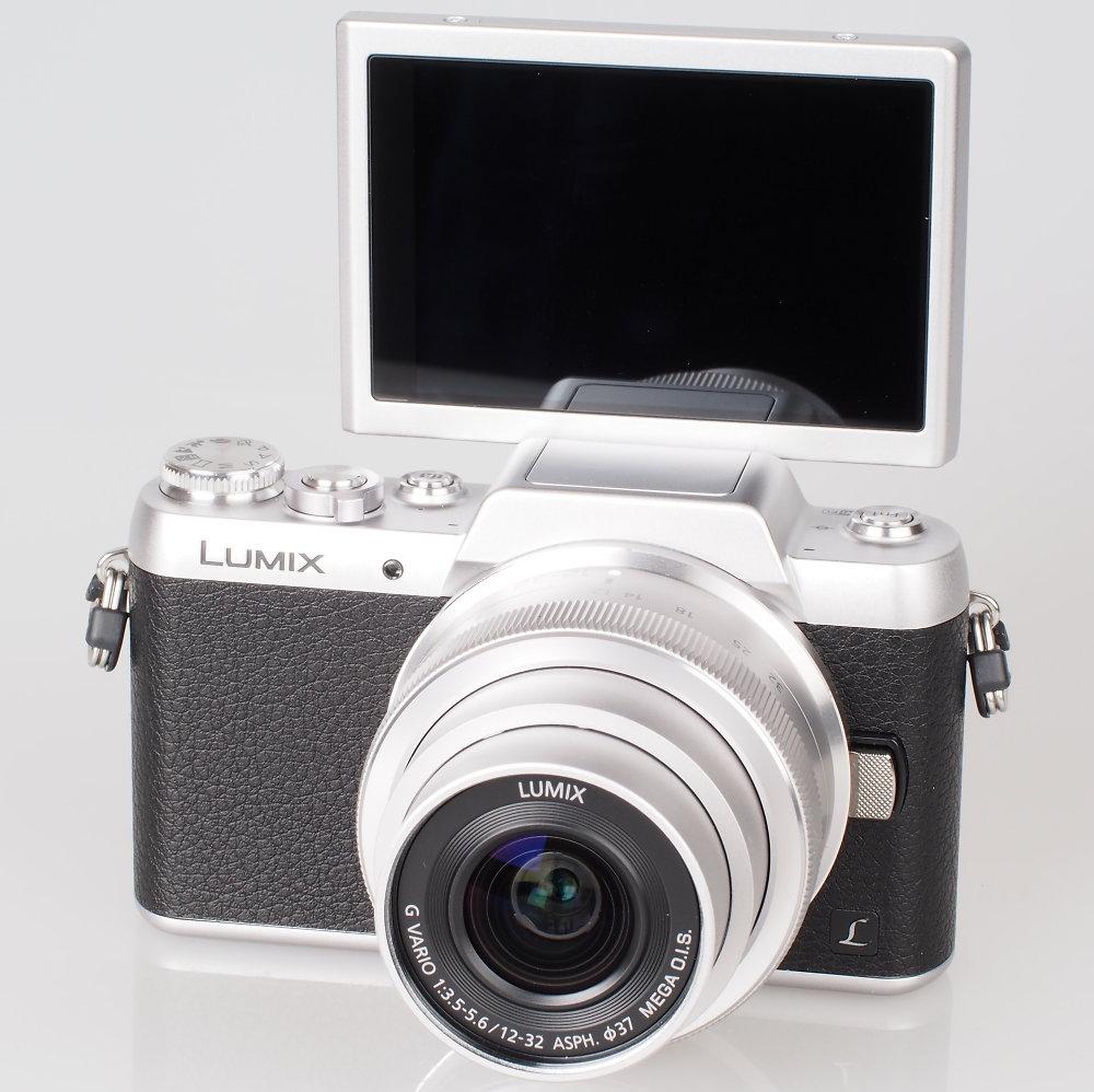Panasonic, Lumix GF7, mirrorless, selfie