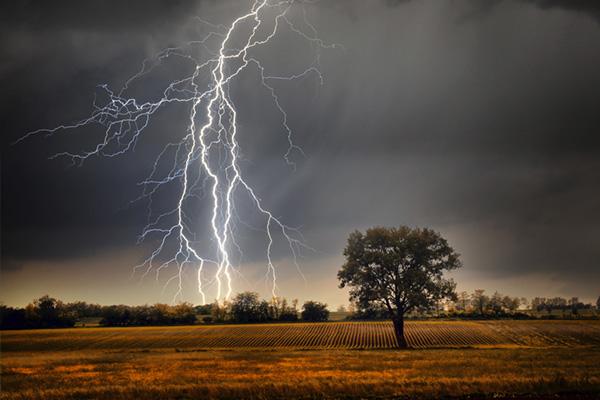 Come fotografare un fulmine, tecnica fotografica