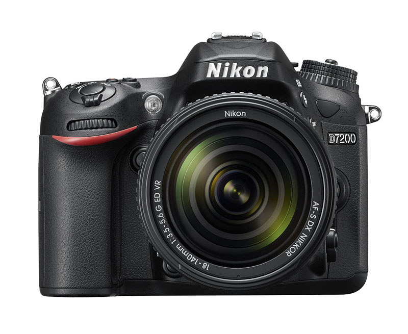 Nikon D7200, Reflex, novità, wi-fi