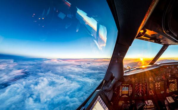 Martijn Kort, cabina aereo
