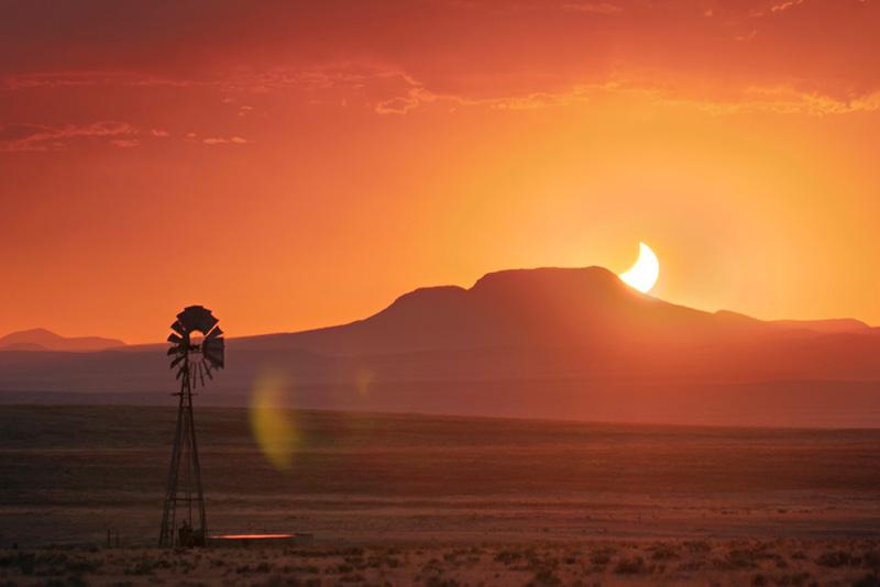 Come fotografare una eclissi solare, tecnica fotografica, grandangolo