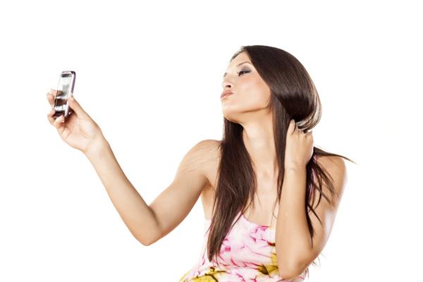Selfie, autoritratto, portrait, tecnica fotografica