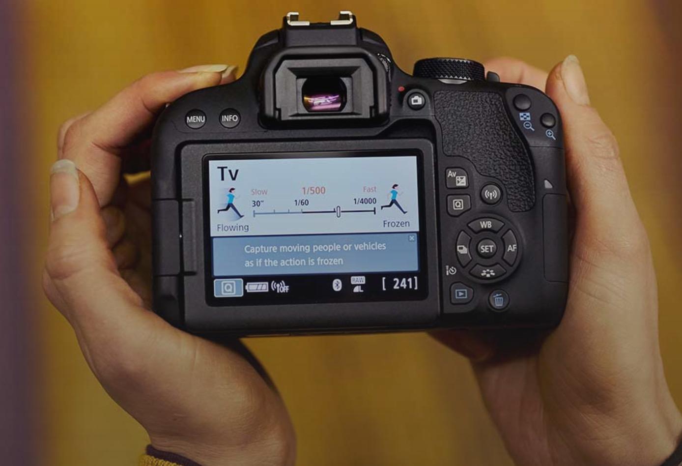Canon Eos 800D, novità,